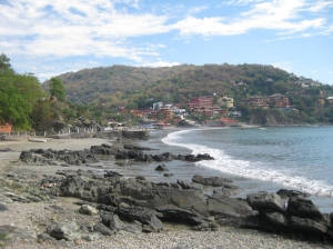 On the path to La Madera beach