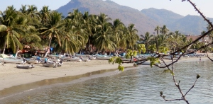 One of my favorite views of Zihuatanejo taken from the pier